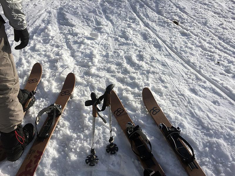 Altai Hok ski-shoes.